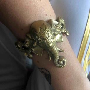 Unikt armband. Priset är inklusive frakt