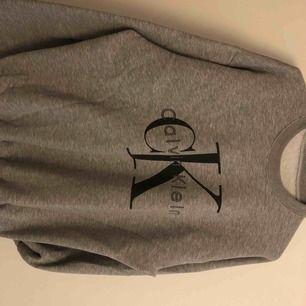 Calvin Klein a kopia använd 1 gång superfin tjockare material, köparen står för frakten
