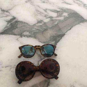Två stycken solglasögon! Köpta för över 500 kr st vardera