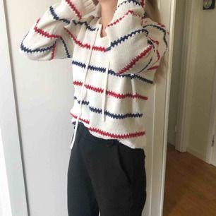 Stickad tröja från Rut n circle som tydligen va fett inne förut. Säljer för jag ej använder den annars supermysig och skön.