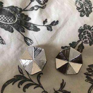 Silverörhängen från Ur&penn