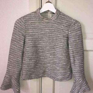Jättefin tröja från Zara! Köparen står för frakt🌸