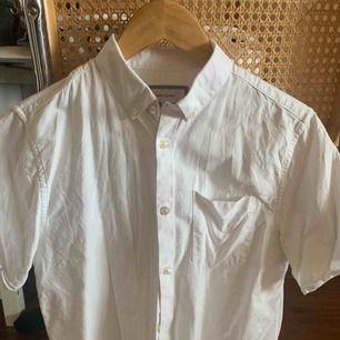 River Island kortärmad skjorta