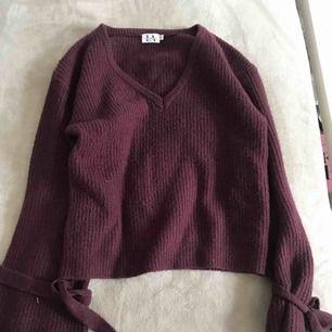 Stickad tröja från NAKD, Linn Ahlborgs kollektion. Knappt använd