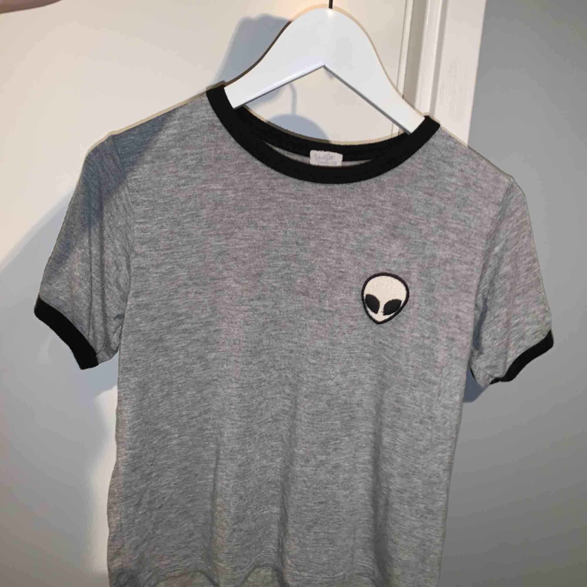 Snygg t-shirt från brandymelville, onesize, skulle säga att den passar XS-M . T-shirts.