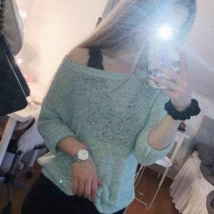 Mintgrön stickad tröja från vero moda. Knappt använd.