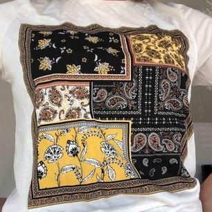 T-shirt från Gina tricot i storlek M med prislappen kvar.