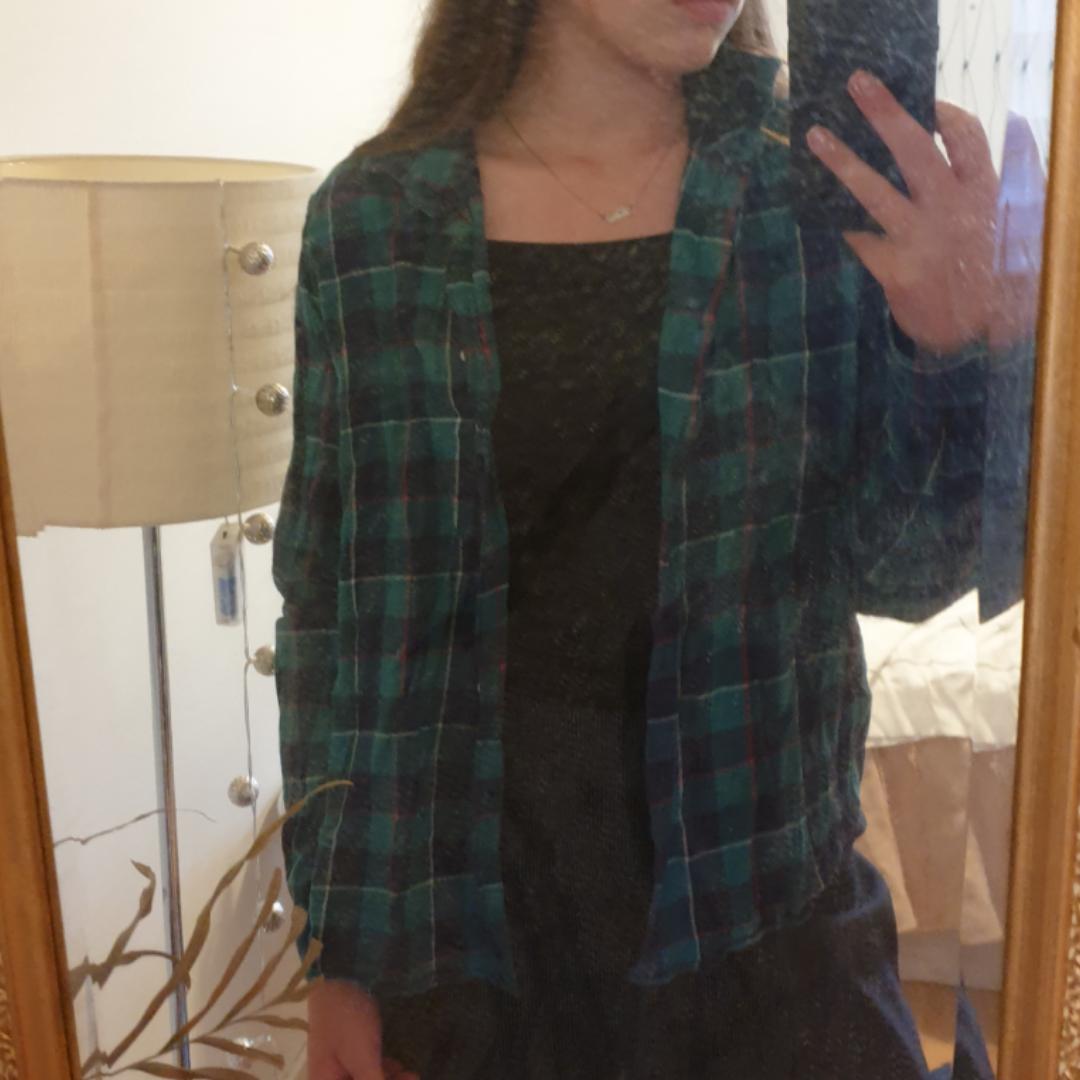 Flanellskjorta från whyred. 100% bomull. Grön- och blårutig. . Skjortor.
