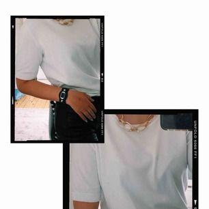 Vit kashmir/ribbad tröja från hm  Fint skick  Strl S