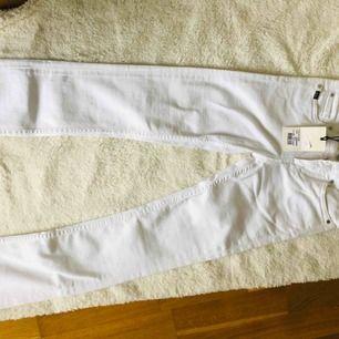 Helt nya tiger jeans