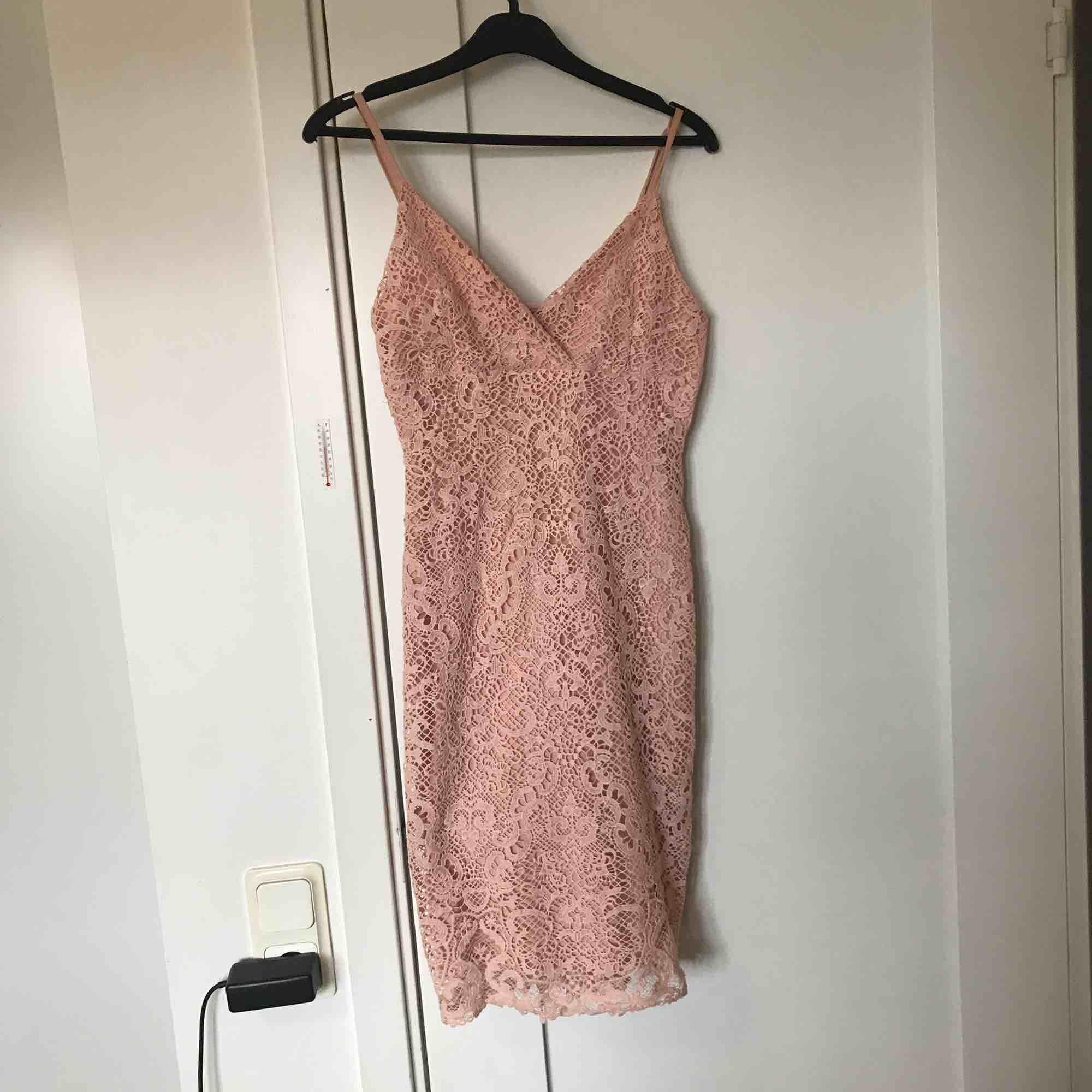 Söt klänning från Bikbok!. Klänningar.