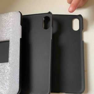 Oanvänd 3 skal för iphone X allt är från ideal if sweden magnet skal. kan sälja separat en för 50kr plus frakt