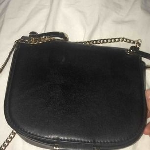Väska från H&M. Aldrig använt. 50kr + frakt