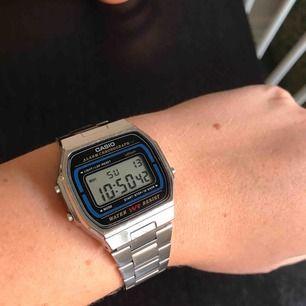 Säljer min silvriga Casio klocka. Köpare står för frakt🌸