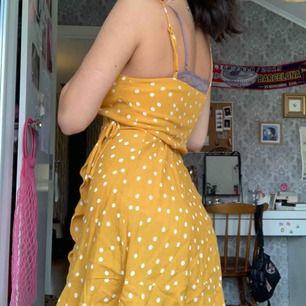 Klänning från bershka använd en gång