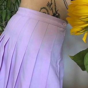 American Apparel Tennis Skirt - pastel En Classic tennis skirt från American Apparel! Alltid fin Storlek -M-L
