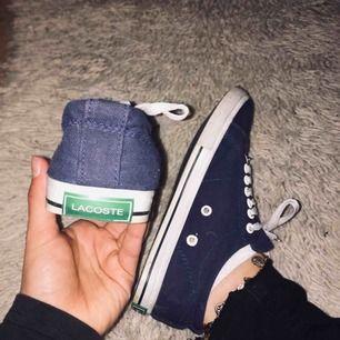 Lacoste skor knappt använda i storlek 37. 200kr + frakt