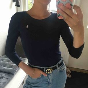 Söt marinblå tröja 🌊