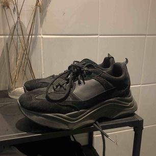 Chunky sneakers från Topshop i nyskick, frakt 63:-
