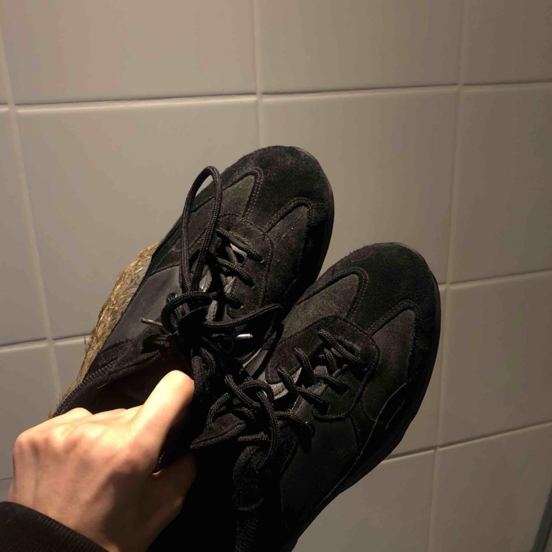 Chunky sneakers från Topshop i nyskick, frakt 63:-. Skor.