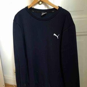 Sweatshirt från puma, kan fraktas eller mötas upp i falun💖