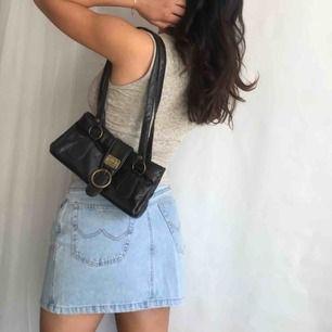Mörkbrun Dolce & Gabbana väska ✨ Frakt 35kr