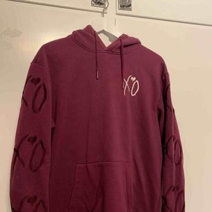 S i herr, så mer M. Häftig hoodie från The Weeknds kollektion med H&M. Ball rygg.