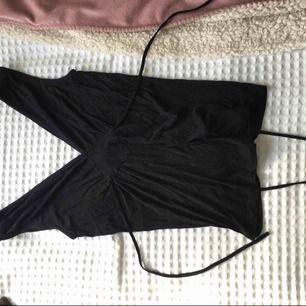 Garderobsrensning. Köparen betalar frakten :)