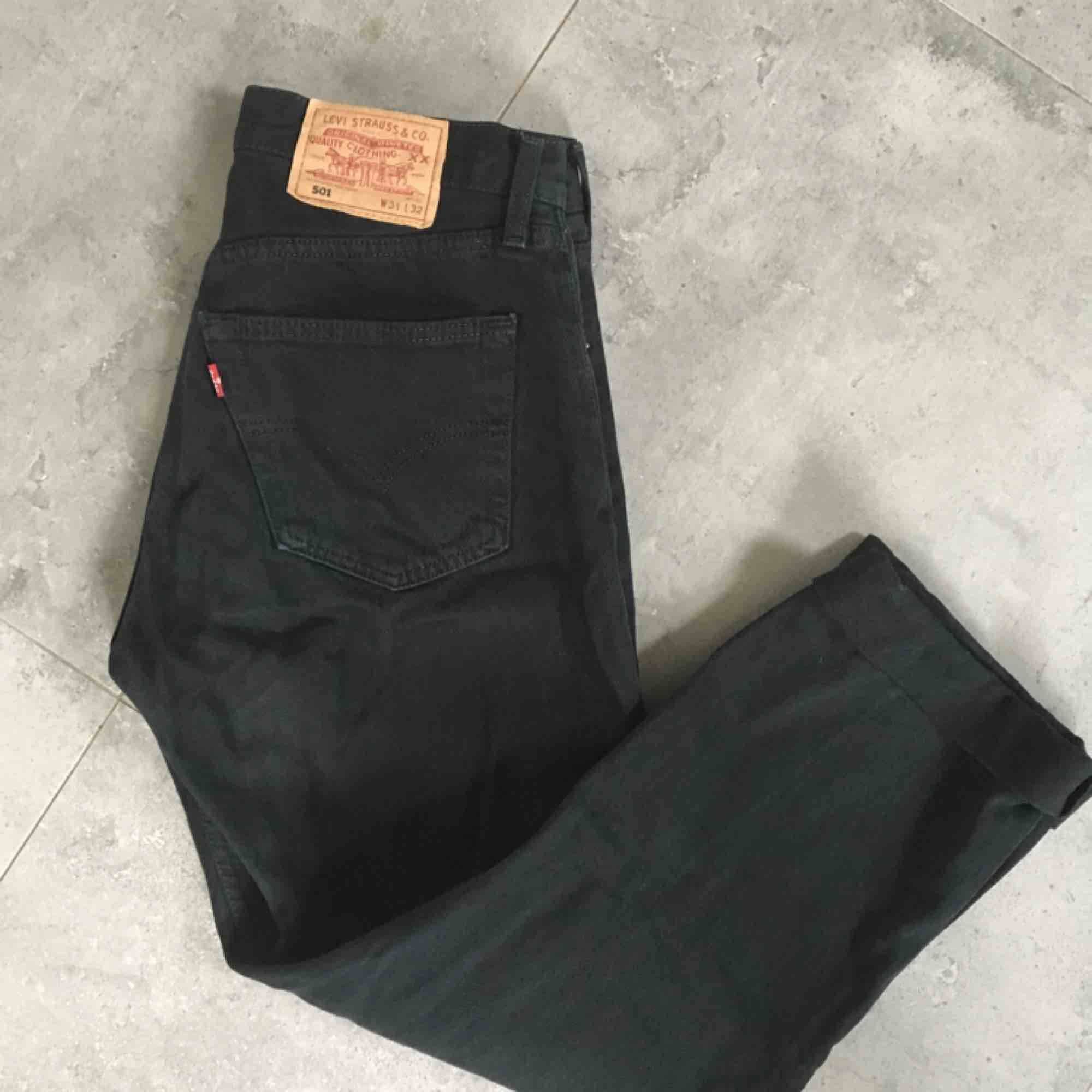 Vintage Levi 501s jeans in black / svarta / amazing condition !. Jeans & Byxor.