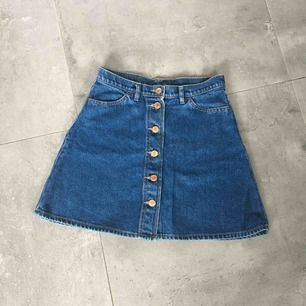 Monki Denim Skirt / Kjol