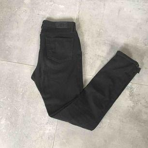 Designer stretch skinny jet black jeans by Hiut