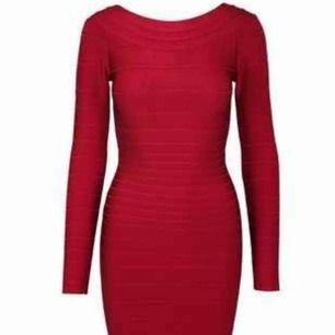 Bandage klänning xs ny röd