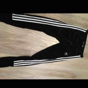 Adidas velour sammet legging