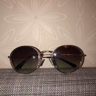 Solglasögon från hm