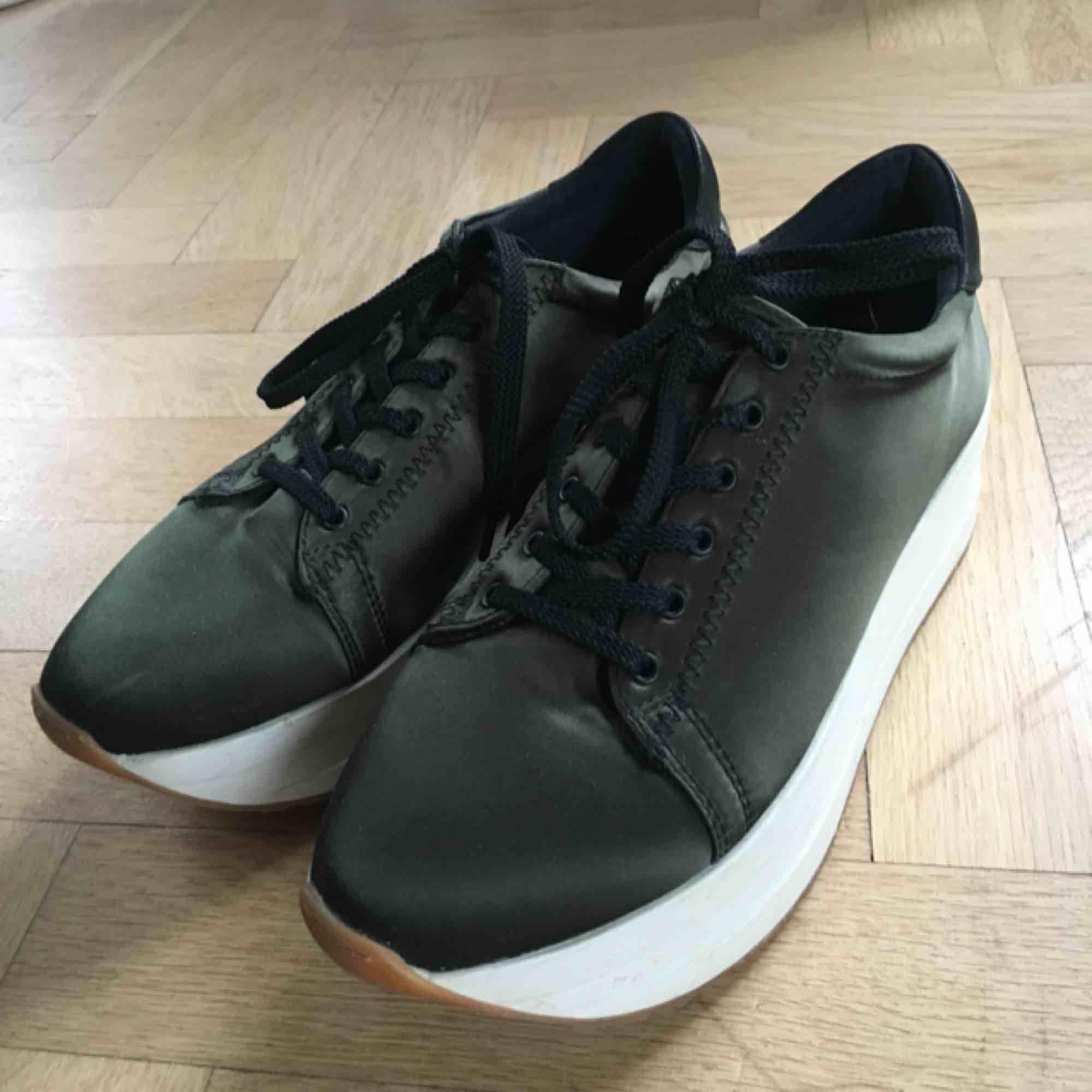 Vagabond sneakers med platå. Som nya, använda nån enstaka gång!✨. Skor.
