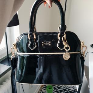 Pauls boutique väska i superfint skick