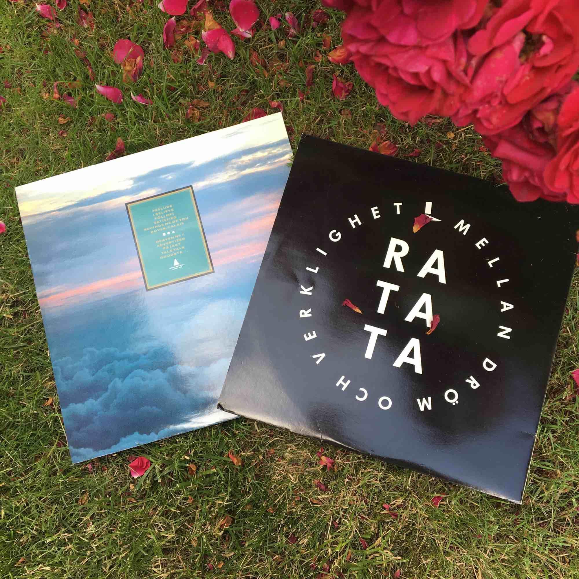 """10kr/styck. till vänster: Style """"heaven nr 7"""". Till höger: Ratata """"mellan dröm och verklighet"""". Övrigt."""