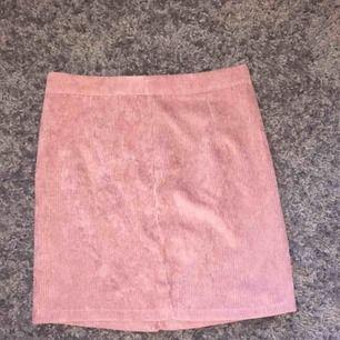 Manshester kjol tajt inte använd då den va för liten för mig