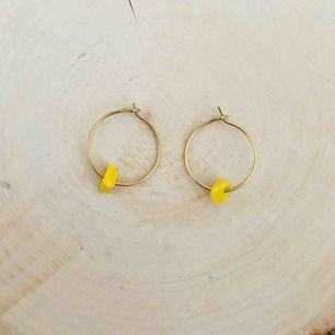 Handgjorda örhängen - frakt 9 kr ☀️