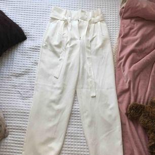 Garderobsrensning, köparen betalar frakten :)
