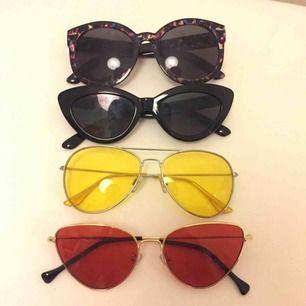 Solglasögon i fint skick, 60kr/styck. Fri frakt! :)
