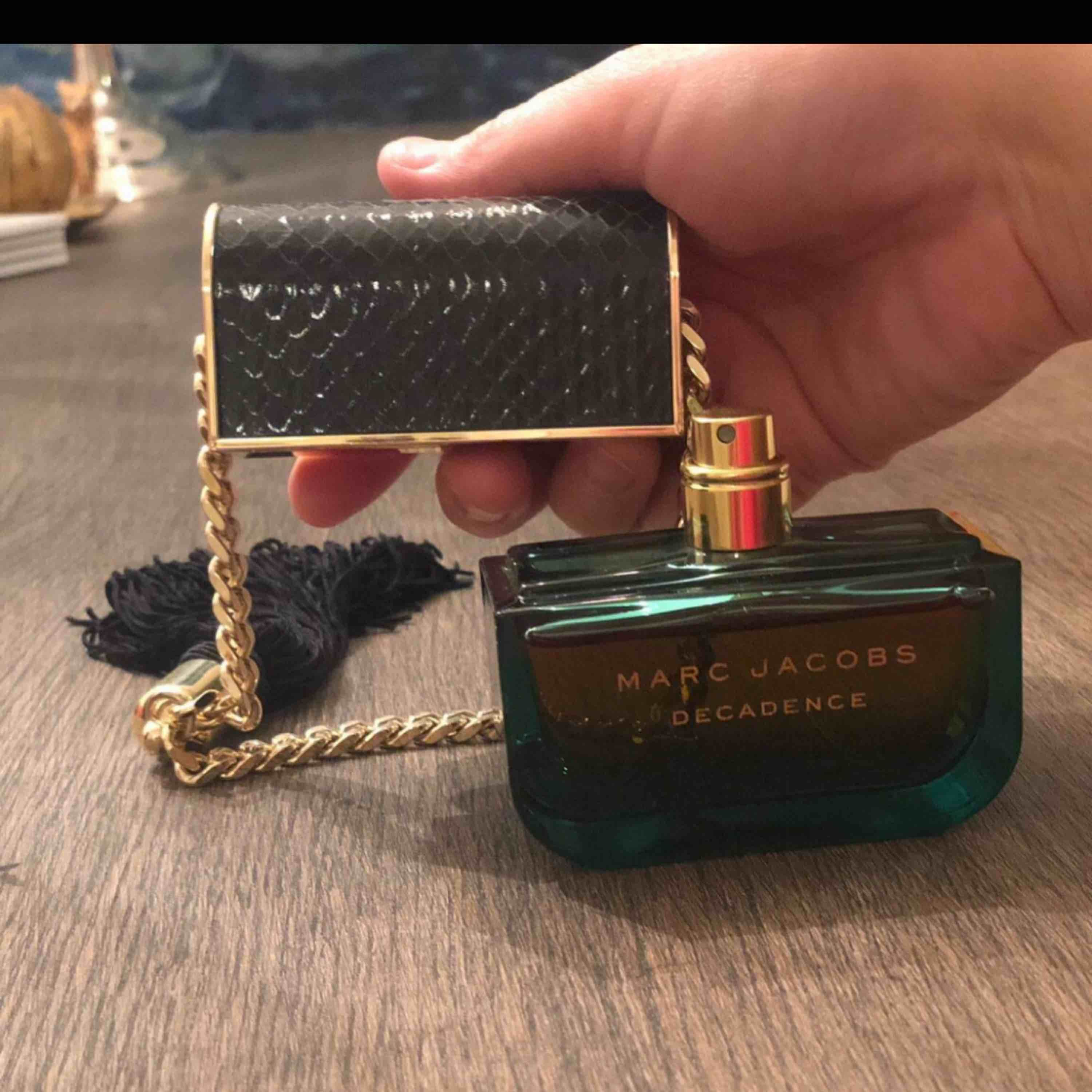 Marc Jacobs Decadence 50 ML Ny!. Accessoarer.