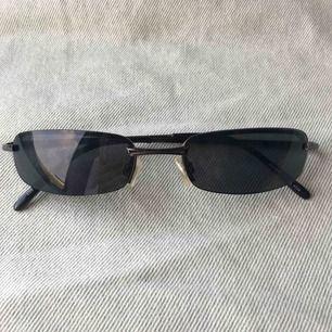 Jättecoola solglasögon!💗💗💗 Frakt tillkommer på 40kr