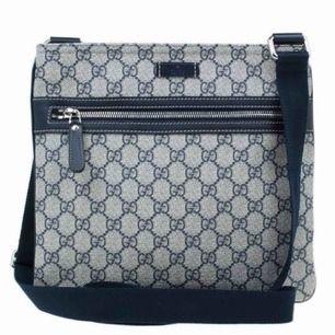 Jag säljer bra kopior av märkena Gucci, LV och även Philip plein! Vill mest intresse kolla efter förfrågan då dessa är beställnings varor! Har allt från herr till dam! DM för mer info eller frågor🌺