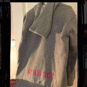 Cool hoodie från NA-KD 150kr+frakt 🤩