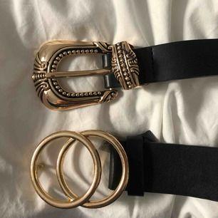 2 st skärp från Gina tricot  Storlek M/L, 60kr för det med 2 ringar och 80 för det andra  Det med 2 st ringar är använd men mycket bra skick, det andra är oanvänt