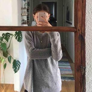 Stickad tröja från lager 157, köparen står för frakten