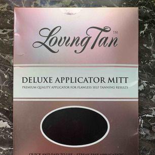 Applikator handske från Loving Tan för brun utan sol applicering