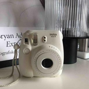Polaroidkamera i fint skick, frakt 63:- spårbart