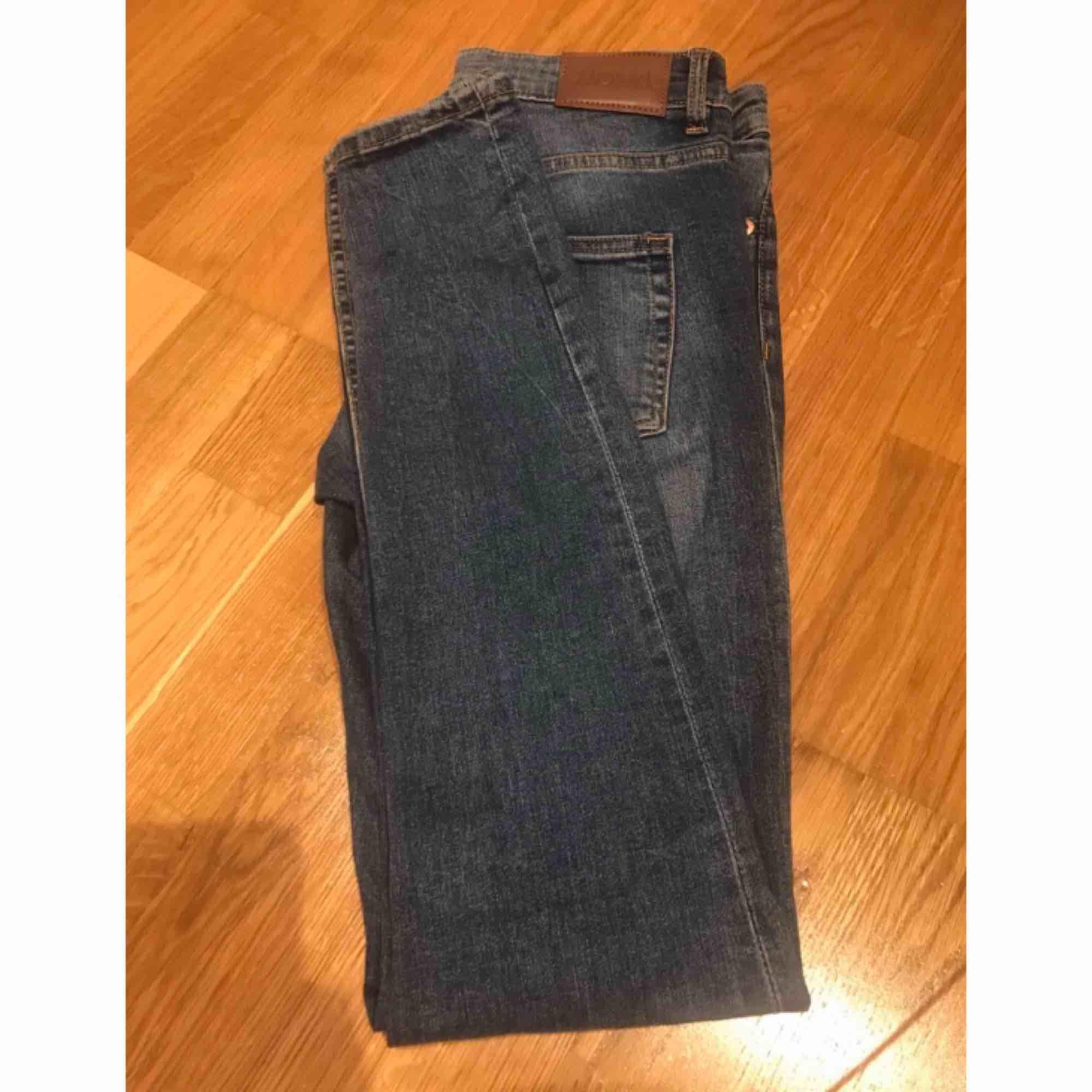 Tighta jeans från monki. Stretch. I mycket gott skick.. Jeans & Byxor.